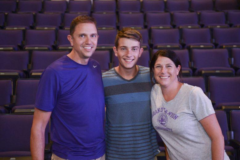 A future GCU student with his parents