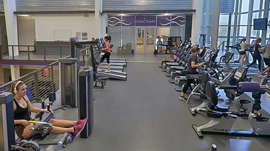students using gcu's recreation center